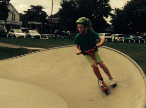 Rio scooting in yapton